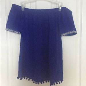 Brand new- off the shoulder blouse
